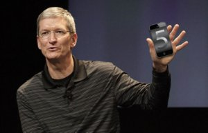 Tim Cook presents iPhone 5