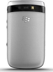 Blackberry Torch 9810 backside